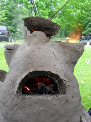 Viking Glass Furnace made by Aislinne, photo © Aislinne of Alainmor 2010, used by permission